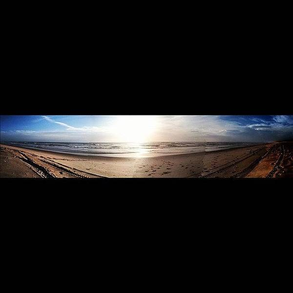 Bright Wall Art - Photograph - Panoramic Picture Of The Sunrise by Lea Ward