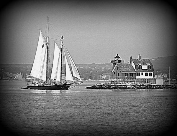 Photograph - Passing The Rockland Breakwater Light by Doug Mills