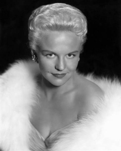 Photograph - Peggy Lee (1920-2000) by Granger