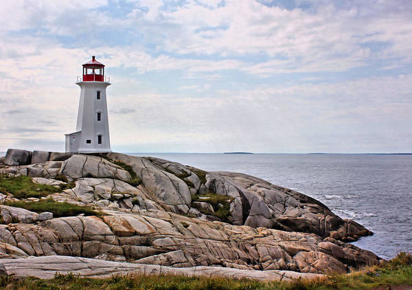 Wall Art - Photograph - Peggy's Cove Lighthouse by Kristin Elmquist