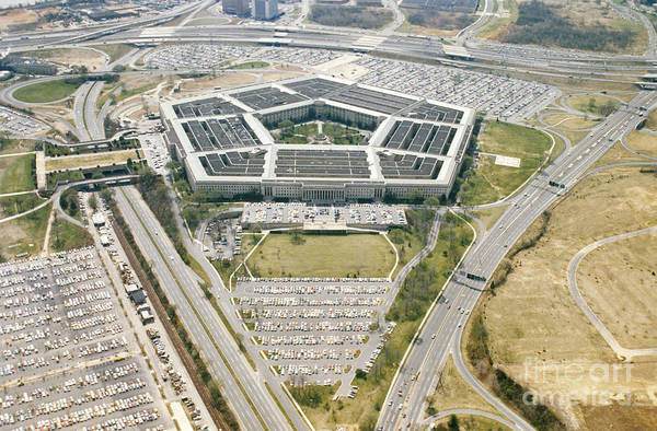 Department Of Defense Photograph - Pentagon by Photo Researchers