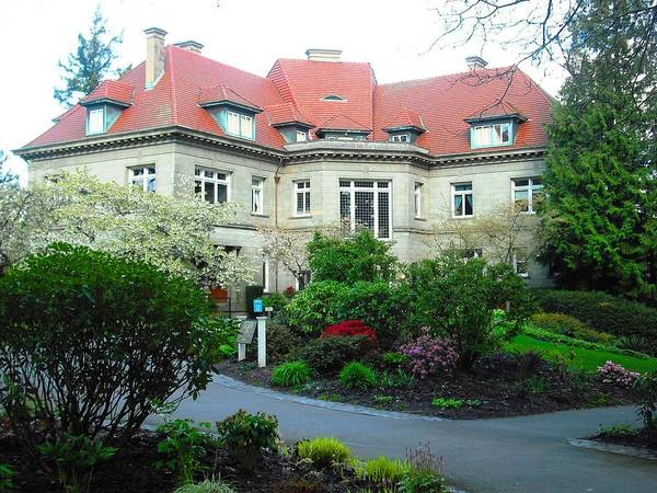Photograph - Pittock Mansion by Kelly Manning