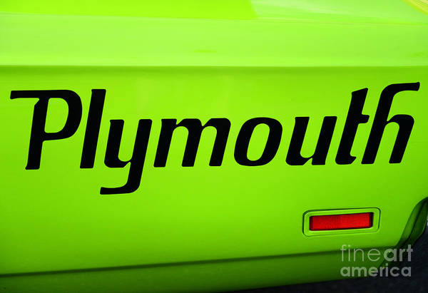 Plymouth Superbird Photograph - Plymouth Road Runner by Paul Ward
