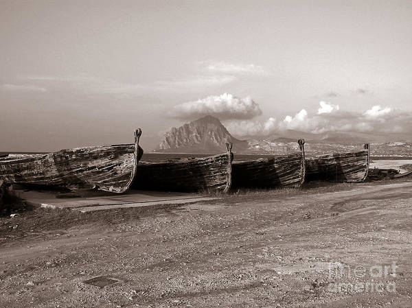 Photograph - Old Port Of Trapani by Silva Wischeropp