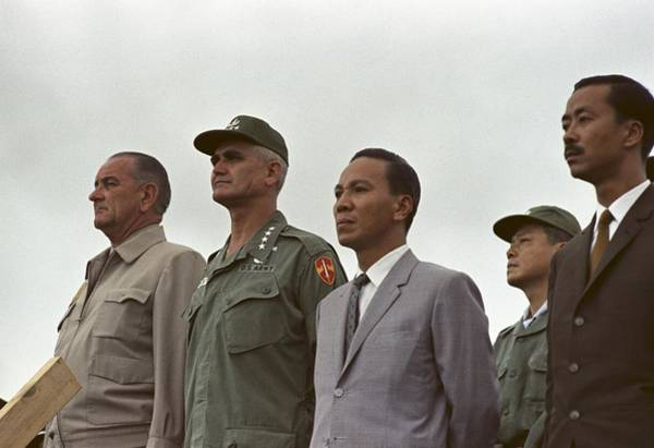 Van Johnson Photograph - President Johnson In South Vietnam. At by Everett