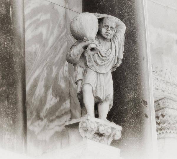 Photograph - Quasimodo by Bill Cannon