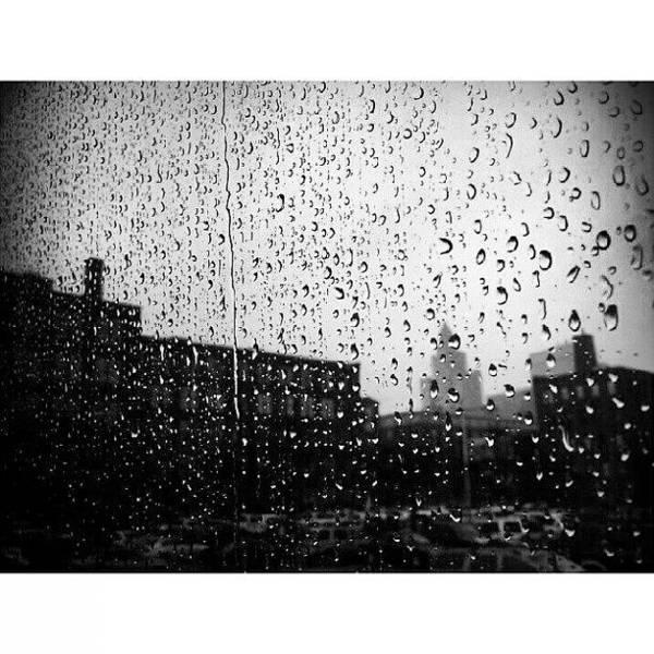 Wall Art - Photograph - #rain #raindrops #window #toronto by Torbjorn Schei