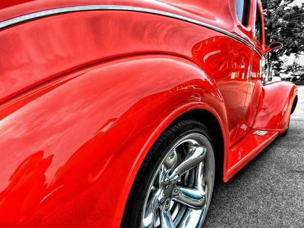 Photograph - Red Rod 001 by Lance Vaughn