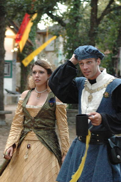 Photograph - Renaissance Couple by Teresa Blanton