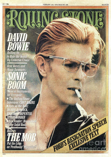 Roll Photograph - Rolling Stone Cover - Volume #206 - 2/12/1976 - David Bowie by Steve Schapiro