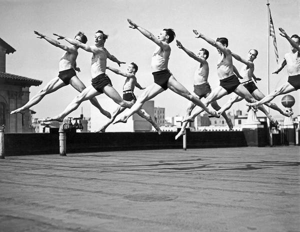 Photograph - Rooftop Dancers In New York by Underwood Archives