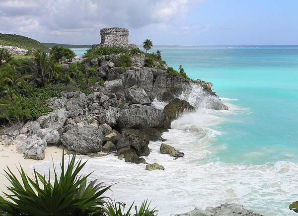 Photograph - Ruins At Tulum by Pat Moore