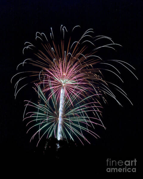 Photograph - Rvr Fireworks 126 by Mark Dodd