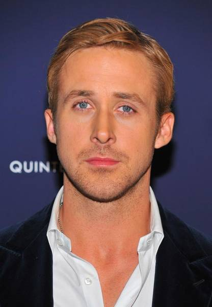 Gosling Photograph - Ryan Gosling At Arrivals For Blue by Everett