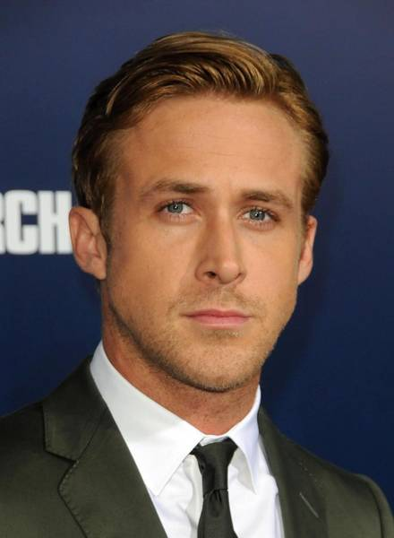 Gosling Photograph - Ryan Gosling At Arrivals For The Ides by Everett