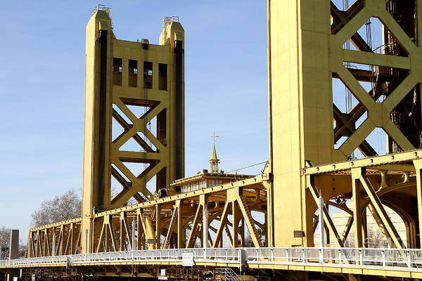 Photograph - Sacramento California Tower Bridge Crossing The Sacramento Delta River . 7d11562 by Wingsdomain Art and Photography