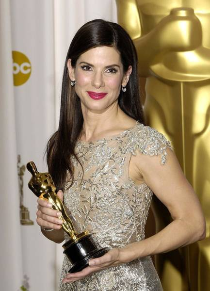 Leading Actress Wall Art - Photograph - Sandra Bullock, Best Performance By An by Everett