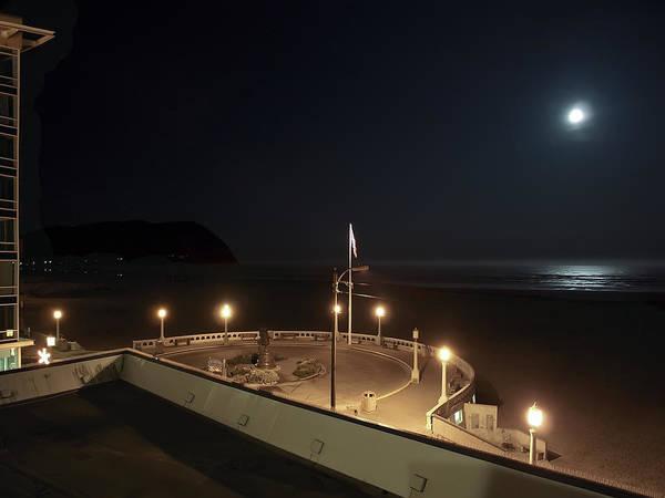 Oregon Coast Digital Art - Seaside Oregon Beach And Promenade by Daniel Hagerman