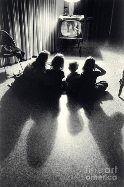 Wall Art - Photograph - Siblings Watch Television by Carroll Seghers II and Photo Researchers