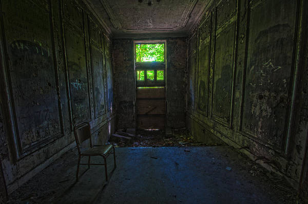 Grimy Wall Art - Photograph - Sitting In Darkness by Nathan Wright