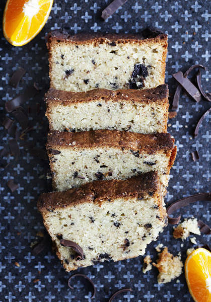 Vertical Line Photograph - Slices Of Fruit Cake On Board by Cultura/Line Klein