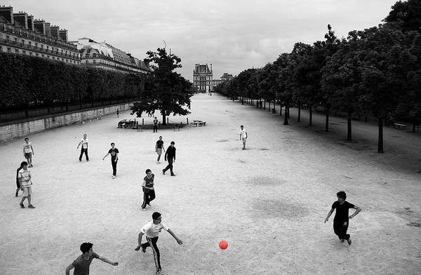 Photograph - Soccer At The Louvre by Andrew Fare
