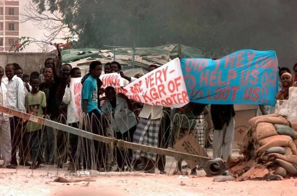 Mogadishu Wall Art - Photograph - Somali Civilians Protest The Presence by Everett