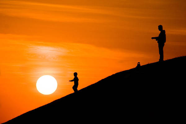 Photograph - Son Catch The Sun by Okan YILMAZ