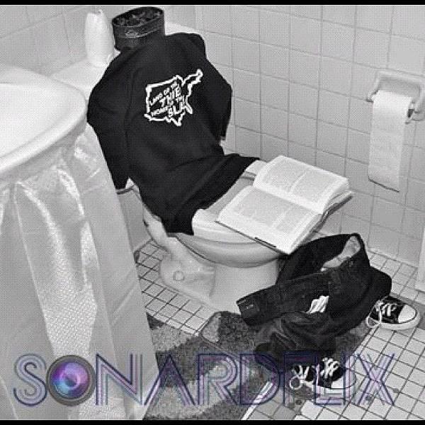 #sonardflix #whereiseazycollection Art Print
