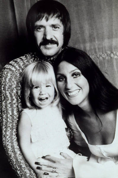 Sonny Bono Wall Art - Photograph - Sonny & Cher With Daughter Chastity by Everett