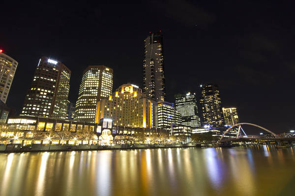 Southbank Photograph - Southbank Melbourne At Night by Douglas Barnard