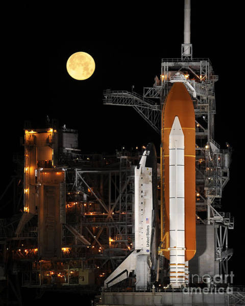 Photograph - Space Shuttle Discovery On Launch Pad by Science Source and NASA