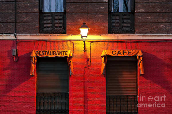 Taverna Photograph - Street Lamp Cafe by John Greim