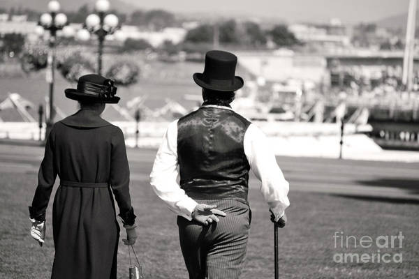 Photograph - Strolling by Traci Cottingham