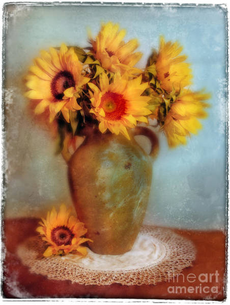 Flowers In A Vase Photograph - Sunflowers In A Vase by Jill Battaglia