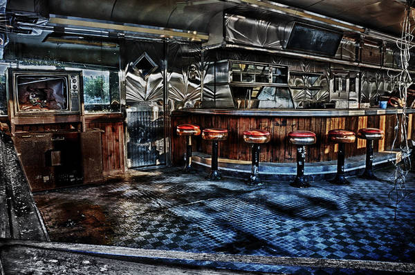 Photograph - Sunset At The Old Sunrise Diner 1 by Mark Fuller