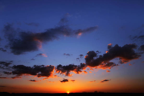 Greetingcards Photograph - Sunset In Ithaca New York by Paul Ge