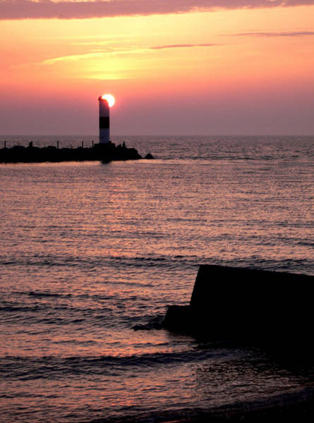 Photograph - Sunset On Lake Erie by David Coblitz
