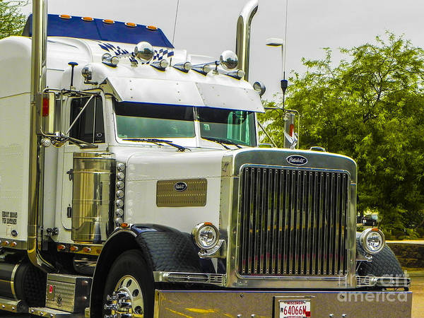 Freightliner Wall Art - Photograph - Sweet Pete by Chuck Re