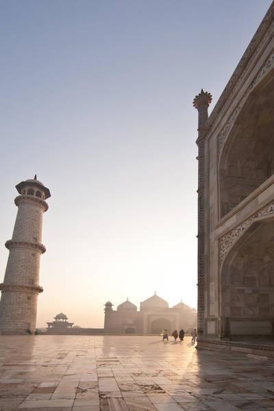 Taj Mahal Photograph - Taj Dawn by Mike Reid