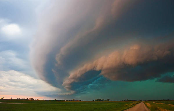 Shelf Cloud Photograph - The Coming Winds by Chris Allington