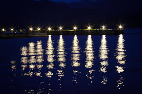 Priest Lake Photograph - The Elkins Resort Dock At  Night by David Patterson