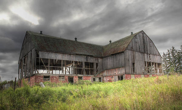Photograph - The Old Barn by Nick Mares