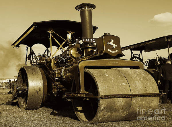 Invicta Photograph - The Old Steam Roller by Rob Hawkins