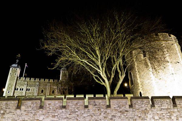 Wall Art - Photograph - The Tower Of London At Night  by David Pyatt