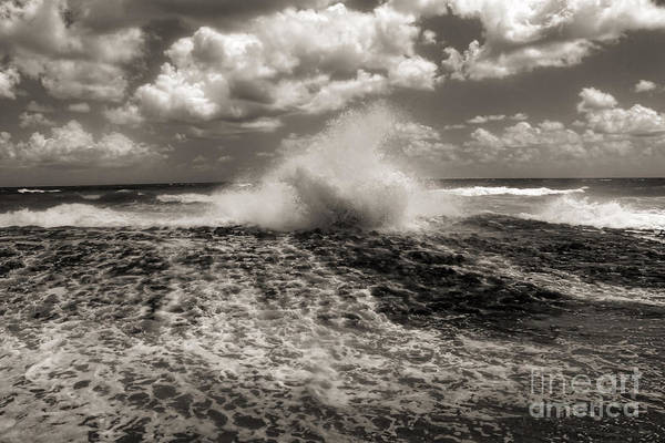 Photograph - The Wave by Jeff Breiman