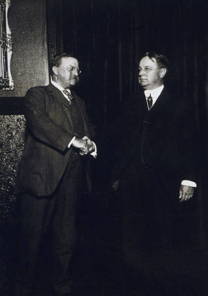 Wall Art - Photograph - Theodore Roosevelt And Hiram Johnson After Nomination by International  Images