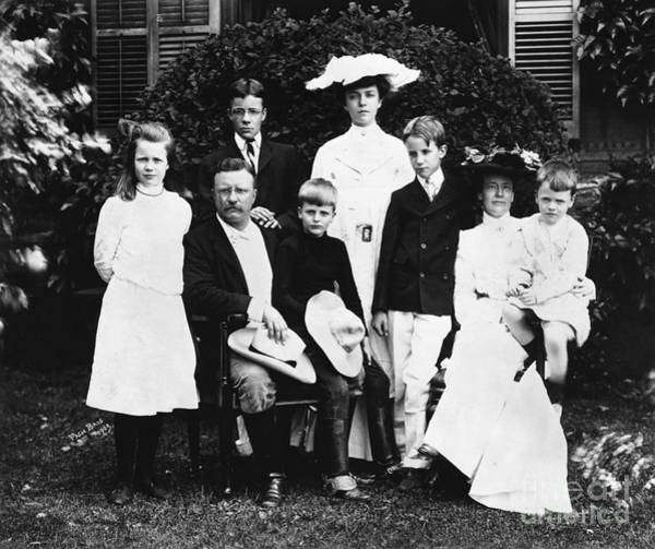 Sagamore Wall Art - Photograph - Theodore Roosevelt Family by Granger