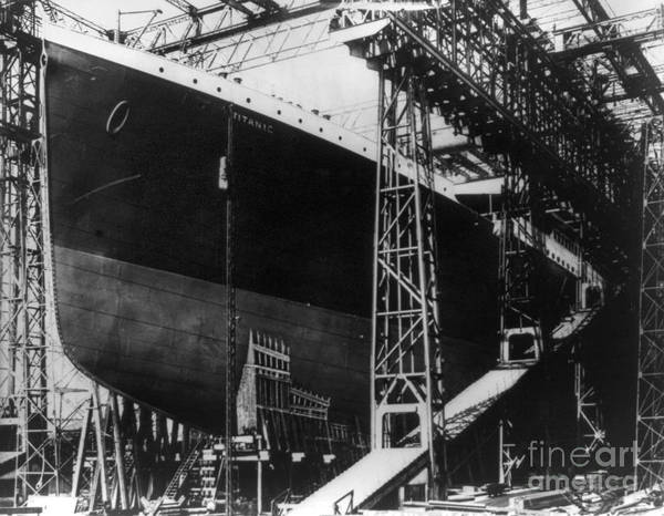 Photograph - Titanic: Construction, 1912 by Granger