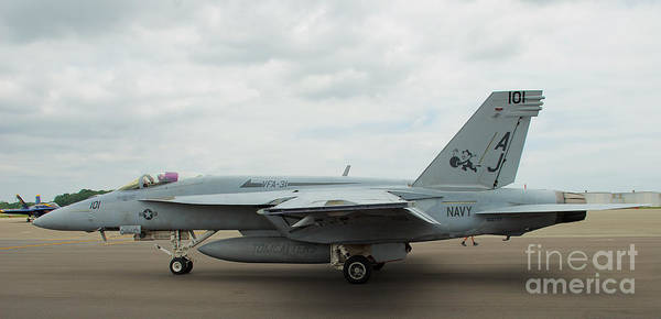 Photograph - Tomcatters On Tarmac 4 by Mark Dodd